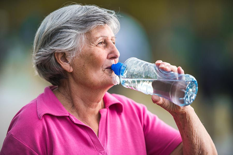 Senior Care: 5 Benefits of Staying Hydrated This Summer